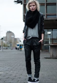 Outfits with Baggy pants. If you are tired of wearing same mainstream trousers,skinny pants and want to try something new then must get inspiration from a baggy pants style. Baggy trousers can be worn for all the occasions provided you know to match it as per the event.