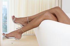 Сухие и шершавые колени — как придать коленкам былую гладкость