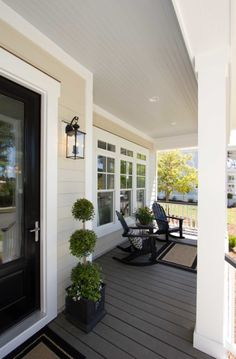 Minimalist Traditional Porch Design Ideas – TRENDUHOME – farmhouse front door with screen Tan House, Traditional Porch, Porch Paint, Porch Flooring, Oak Flooring, Building A Porch, Patio Interior, Luxury Interior, House With Porch