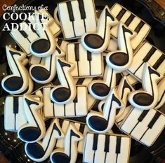 60 Ideas For Music Theme Cake Sugar Cookies Iced Cookies, Cut Out Cookies, Cute Cookies, Royal Icing Cookies, Cupcake Cookies, Sugar Cookies, Cookies Et Biscuits, Music Themed Cakes, Music Themed Parties
