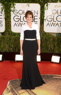 Julia Roberts | Fashion On The 2014 Golden Globes Red Carpet