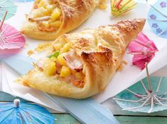 Unser beliebtes Rezept für Pizzataschen Hawaii und mehr als 55.000 weitere kostenlose Rezepte auf LECKER.de.