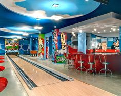 Wouldn't mind having a pool table room/game room/man cave type room! Wouldn't mind having a pool table room/game room/man cave type room! Game Room Design, Family Room Design, Playroom Design, Home Bowling Alley, Pool Table Room, Pool Tables, Game Room Basement, Basement Ideas, Basement Bars