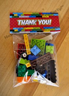 such a cute favor for a boys bday or even a girl that loves Legos!  Go nicely with the Lego cake I pinned earlier!