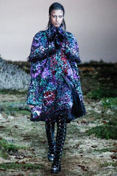Alexander McQueen Paris -  #FW14 - #coat  #mcqueen