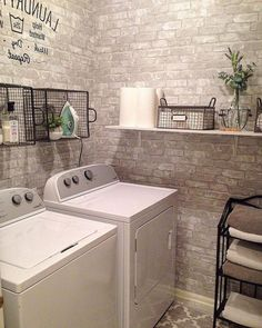 Best 20 Laundry Room Makeovers - Organization and Home Decor Laundry room organization Laundry room decor Small laundry room ideas Farmhouse laundry room Laundry room shelves Laundry closet Kitchen Short People Freezer Shiplap Laundry Room Remodel, Laundry Room Organization, Laundry Room Design, Laundry Rooms, Laundry Closet, Laundry Room Wall Decor, Laundry Drying, Laundry Baskets, Bathroom Laundry