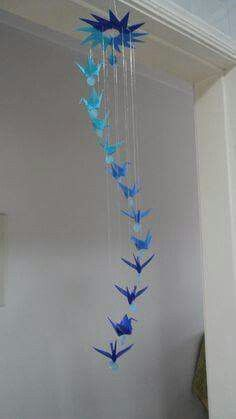 Origami display inspiration. Instructions for making Origami Cranes: https://www.pinterest.com/pin/331014641351712861/ But you could display any origami in this manner.