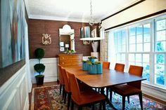 Grasscloth in a dining room.
