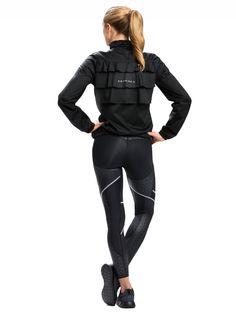 Športové oblečenie, ktoré lichotí vašej postave a spoľahlivo ju formuje, to je Röhnisch. Dámske formujúce nohavice sú vhodné na beh, fitness či iné športy. Dodajú vám sebavedomie a vyčarujú krásnu figúru.