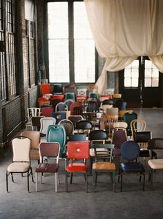 A modern, industrial wedding with mismatched chairs, an asymmetrical ceremony arch, cheeky paper goods, and a warehouse setting with an industrial vibe. Eclectic Wedding, Chic Wedding, Wedding Styles, Rustic Wedding, Wedding Ideas, Wedding Unique, Wedding Art, Wedding Trends, Trendy Wedding