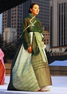 Hanbok Fashion Show in Seoul   Photo by Ryan