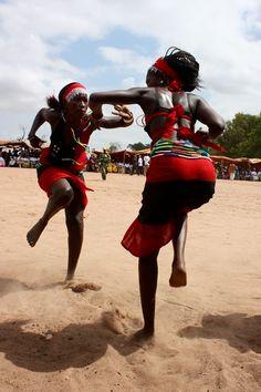 Dança cerimonial da colheita?
