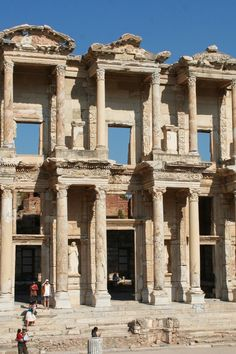 Ephesus is home to the Temple of Artemis, one of the seven wonders of the ancient world. Ephesus is home to the Temple of Artemis, one of the seven wonders of the ancient world. Beautiful Places In The World, Oh The Places You'll Go, Places To Travel, Places To Visit, Ancient Ruins, Ancient Greece, Istanbul, Artemis, Capadocia