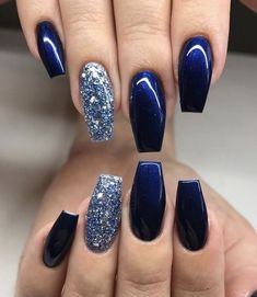 Amazing Nail Polish Color Trends You'll Want To Have All Yea.- Amazing Nail Polish Color Trends You'll Want To Have All Year That dark blue nail polish looks amazing - Blue And Silver Nails, Dark Blue Nails, Navy Nails, Blue Coffin Nails, Blue Nail Polish, Navy Acrylic Nails, Dark Color Nails, Nail Art Blue, Dark Gel Nails