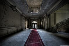 Red Carpet by Young Crazy Fool, via Flickr