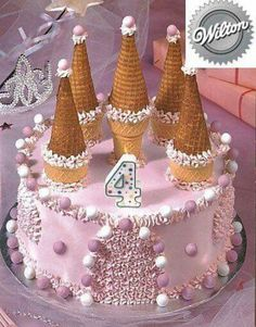 One of the simpler castle cake I& seen. - - One of the simpler castle cake I& seen. Castle Birthday Cakes, Birthday Cake Girls, Birthday Parties, 5th Birthday, Princess Tea Party, Easy Princess Cake, Princess Castle, Princess Birthday, Pink Castle