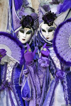 Positively purple at Carnival of Venice 2015-| Flickr
