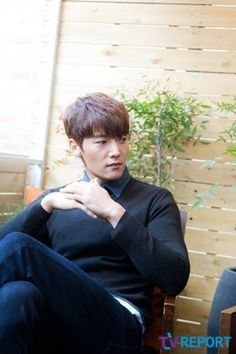 Choi Jin Hyuk on Check it out! Hot Korean Guys, Korean Men, Asian Men, Actors Male, Asian Actors, Male Celebrities, Handsome Korean Actors, Handsome Boys, Fated To Love You