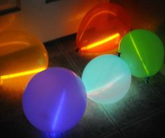Glow Balloons: Blow up a balloon and insert a glow stick for these glow balloons.  Source: Kids Activities Blog