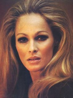 Happy birthday, Ursula Andress   Citizen Screen Old Hollywood Glamour, Hollywood Stars, Classic Hollywood, Beautiful Celebrities, Beautiful Actresses, Divas, Ursula Andress, Bond Girls, Actrices Hollywood