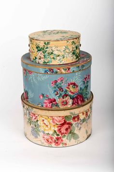 Antique Decorative Boxes For Sale at Decoupage Box, Decoupage Vintage, Vintage Crafts, Vintage Hat Boxes, Fabric Covered Boxes, Antique Wallpaper, Pretty Box, Shabby Chic Style, Tins