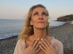 Osoby, które chcę się pozbyć podbródka zapraszam do stosowania prezentowanego ćwiczenia:) #jogatwarzy  http://www.agijoga.pl/?p=224