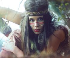 Native American (I). First part of the project Native American Culture. Face Awards, Festival Makeup Glitter, Princess Makeup, Indian Makeup, Unicorn Costume, Maquillage Halloween, Healthy People 2020, Costume Makeup, Makeup Videos