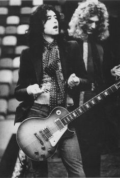 Jimmy Page & Robert Plant - Led Zeppelin.