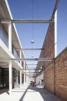 Compagnie-O Architects, Tim Van de Velde · Elementary School