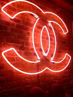 A Chanel neon sign, my life is complete! Red Aesthetic Grunge, Orange Aesthetic, Aesthetic Colors, Aesthetic Collage, Aesthetic Pictures, Orange Wallpaper, Neon Wallpaper, Aesthetic Iphone Wallpaper, Aesthetic Wallpapers