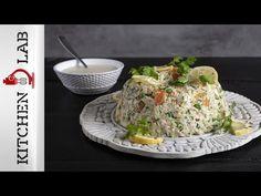 Κότα μιλανέζα από τον Άκη Πετρετζίκη. Φτιάξτε την παραδοσιακή και αρχοντική συνταγή κοτόπουλο και ρύζι σε σχήμα κέικ! Η πολυτέλεια στο οικογενειακό τραπέζι! How To Cook Chicken, Cooking, Recipes, Youtube, Kitchen, Recipies, Ripped Recipes, Youtubers, Brewing