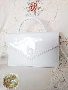 Bolso vintage de charol blanco
