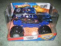 Son-uva Digger Monster Jam Hot Wheels MAX-D Decade of Maximum Destruction 1:24 Scale (Large Truck), http://www.amazon.com/dp/B00D3B43NI/ref=cm_sw_r_pi_awdm_u3Mqtb0HD43HQ