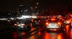http://annida-online.com/tips-tetap-aman-berkendara-di-musim-hujan.html