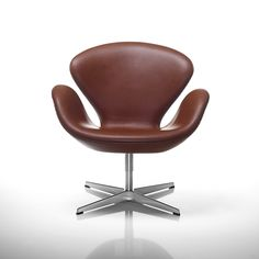 Classic Leather Swan Elegant Chestnut Brown Arne Jacobsen Lounge Chair | Modern Design Interior