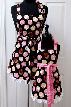 Reversible Mommy and Me Apron Set Chocolate Cupcake and Eyelet. $55.00, via Etsy.