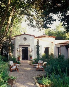 love this Spanish style home