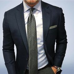 Tucked Trunks is an underwear to keep your shirt tucked in. Gentleman Mode, Gentleman Style, Best Suits For Men, Cool Suits, Mens Fashion Suits, Mens Suits, Stylish Men, Men Casual, Outfit Vestidos