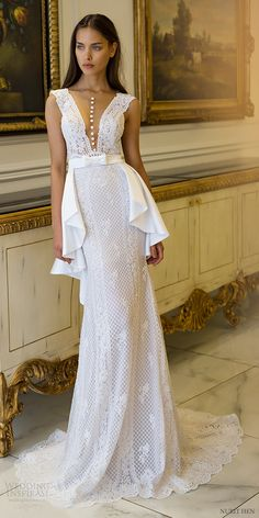 Elegant bride from Nurit Hen Royal Couture 2016 Bridal collection. Beautiful Wedding Gowns, Beautiful Dresses, Lace Wedding, Dress Vestidos, V Neck Wedding Dress, Bridal Collection, Couture Collection, Dream Dress, Bridal Dresses
