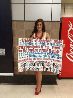 Cute homecoming sign