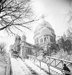 Il neige sur le Sacré Coeur en 1941