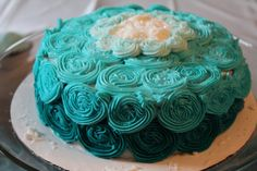 """How to make """"Frozen"""" frosting for your birthday cakes and cupcakes."""