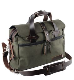 THE BEST TRAVEL BAG - WATER RESISTANT ROOMY COTTON DUCK 24 hour weekend travel duffel from Copper River Bag Co. Our newest line of heavy duty cotton duck fabric bags that are designed to go with you wherever you go! PACK-AND-GO...