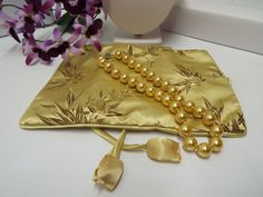 """GREAT VALUE! Genuine South Sea Shell Pearl Necklace 18"""" 12mm Satin Jewelry Roll  FOR SALE at Ebay Store """"GIGI'SGALLERIAi"""" for $19.99"""