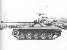 Dutch Type with 105 mm gun - side view Army Vehicles, Armored Vehicles, Combat Armor, Tank Armor, Armored Fighting Vehicle, Ww2 Tanks, World Of Tanks, Big Guns, Panzer