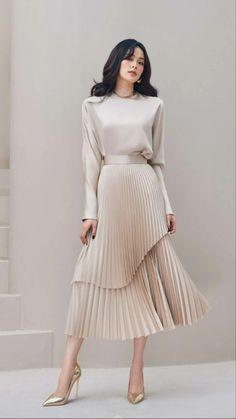 Pleated Midi Skirt, Dress Skirt, Dress Up, High Neck Dress, Black Turtleneck Outfit, Spring Work Outfits, Satin, Fashion Design Drawings, Short Dresses