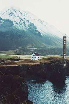 travel guide № 8 : iceland by this is glamorous, via Flickr | VIA #WEDDINGPINS.NET