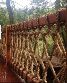DIY Rope Railing : Safe but simple durable design : Treehouse Outdoor Deck Build… – Typical Miracle Rope Fence, Rope Railing, Deck Railings, Railing Ideas, Deck Railing Design, Bamboo Fence, Banisters, Fence Ideas, Balustrades