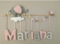 New diy baby mobile ideas feltro Ideas Neue diy Baby-Handy-Ideen feltro Ideas Baby Crafts, Felt Crafts, Diy And Crafts, Baby Pillows, Felt Toys, Baby Room Decor, Baby Sewing, Girl Room, Diy For Kids