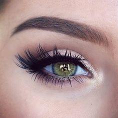 Natural eye makeup, green eyes, lashes, Katilyn Boyer